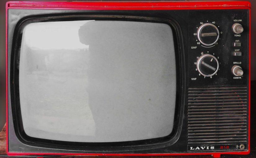 Wieczorny odpoczynek przed telewizorem, czy też niedzielne filmowe popołudnie, umila nam czas wolny ,a także pozwala się zrelaksować.
